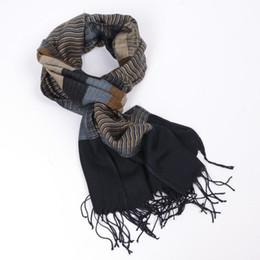 3ec96630015 JeouLy 2017 double fines foulards à rayures hommes hiver nouvelle marque  Fashion écharpe à carreaux pour hommes confortable chaud longue écharpe de  coton ...