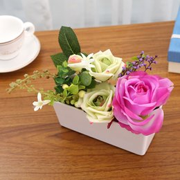 bayas de rosas Rebajas Planta Artificial Bonsai Roses Berries Eucalyptus Simulation Suculenta Planta Green Leaf Macetas Home Room Leisure Decor Art