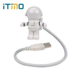 Tube de lampe led mini en Ligne-Spaceman Astronaut Mini LED Night Night Nouveauté Cadeau pour Enfants Lampe de Lecture Flexible Blanc USB Tube Pour Ordinateur Portable