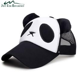 Nueva moda de malla para adultos Panda gorras de béisbol hombres casuales  mujeres Snapback Cap transpirable primavera verano protección solar sombrero  de ... 0194a99b266