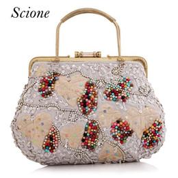 Wholesale Embroidery Baroque - New Retro Wrist Bag Handmade Shopping Bag Embroidery Handbag Flower Bridal Party clutches chain Baroque Evening Bag bolsa Li352