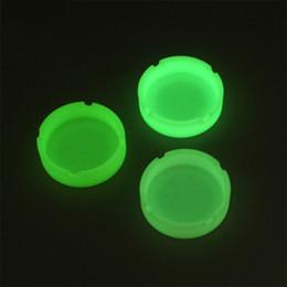 Accessoires fluorescents en Ligne-Cendrier en caoutchouc portable Silicone Cendrier fluorescent lumineux rond