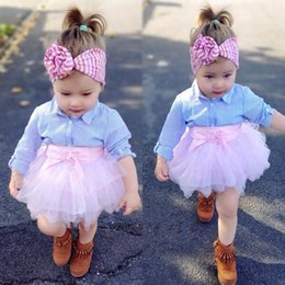 Tuta da tennis rosa online-2018 Spring New Baby Girls Fashon Set Abbigliamento bambini a maniche lunghe Camicie a righe Top + Pink Bowknot Tutu Gonne 2PCS Outfits Bambini Tuta