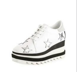 2018 Une qualité irréprochable! Vente en gros Chaussures Stella Mccartney blanc noir Tige en cuir véritable avec étoiles scintillantes argentées et semelle blanche ? partir de fabricateur