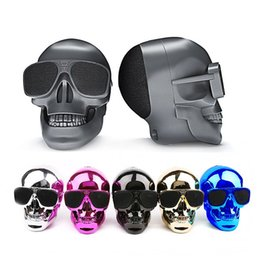 Wholesale card shaped speaker - Skull Shape Wireless Bluetooth Speaker NFC Skull Speaker Subwoofer Multipurpose Speaker Cool with Package 10PCS LOT