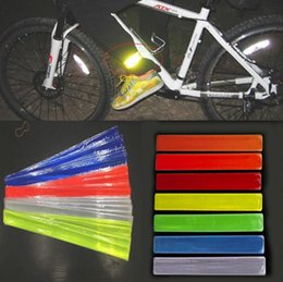 2016 nuovo caldo ciclismo fluorescente MTB Bike Bicycle Rim Rim adesivo riflettente nastro adesivo supplier reflective bicycle sticker da autoadesivo riflettente della bicicletta fornitori