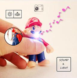 43022502655b0 Super Mario PVC Chaveiro Dos Desenhos Animados Figuras Crianças Brinquedo  de Ação Boneca Luz LED Anel Chave de Som Pingentes de Carro Livre DHL