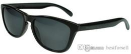 Vida do caso on-line-New Verão Clássico Óculos De Sol Da Vida Dos Homens Das Mulheres Designer de Marca Eyewear UV400 Estilo Legal Esportes Ao Ar Livre Óculos de Sol com casos