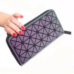 99ed06f16fe37 Kadın Cüzdan Cüzdanlar Fermuar Geometrik Kafes Aydınlık Standart Üç  Kıvrımlar Cüzdan Bayanlar Debriyaj çanta Kart Sahibinin carteira