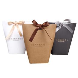 Cadeaux sacs en papier grand en Ligne-Exquise Merci Boîte Merci français Pliages-cadeaux Coffrets Cadeaux Grande Taille Aucun Cadeau Ruban Bonbons Emballage Sac Décorations De Mariage 0 5jx UU