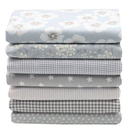 Canada 2018 Tissus 7 Pcs Gris Clair Série Simple Style Bricolage Floral petit Point Calico Twill Edition Coton Tissu Taille 20x25 cm Offre