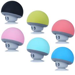 Iphone lautsprecher sucker online-Neue art cartoon Mashroom Mini Bluetooth Lautsprecher Tragbare Outdoor Subwoofer Lautsprecher Für iphone tablet pc mit Ständer Halter und Sucker