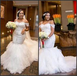 Wholesale cold dresses - Tulle Ruffled Court Train Cold Shoulder Mermaid Plus Size Wedding Dresses abanicos para boda al por mayor