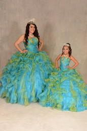 Wholesale Quinceanera Mothers Dress - Spring Charming 2018 Mother and Daughter Matching Dresses Ball Gown Prom Dresses Strapless Ruffles Shining Beadings Quinceanera Dress Cheap