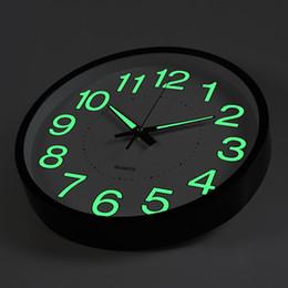 luz noturna simples Desconto Luminosa Relógio de Parede Night Light Quartz Man Mulher Quarto Sala de estar Relógios Simples Home Decor Criativo Presentes 19hs bb