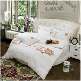 Wholesale Hand Embroidery Bedding Set - Round bed 4pcs bedding set pure cotton embroidery quilt comforter duvet cover fitted sheet pillowcase hotel bed linens hot 6143