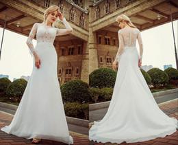 bc260fcdca Vestidos de novia de una palabra hombro blanco encaje de cola de encaje de  manga larga Sexy de alta calidad pegatinas de primavera playas vestidos de  novia ...