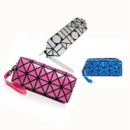 Wholesale cute hand bags - Women Geometric Stitching Clutch Pu Hand Bags Wash Cute Makeup Bag Laser Flash Diamond Cosmetics Organizer Bag 10pcs LJJO4539