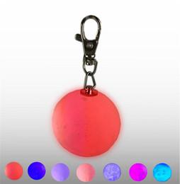 светодиодная кнопка питания Скидка Мини 3D печати Луна лампы светодиодные ночные огни 4 см брелок Луна лампы кнопка батарейках брелок сумка кулон подарок ребенку