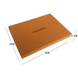 caja de embalaje negra Rebajas 24x33x3.5cm Negro marrón amarillo Color Papel Cajas de embalaje de regalo Caja de embalaje Para camisas Bufanda Largas Cajas de galletas Con factura Tarjeta de cinta