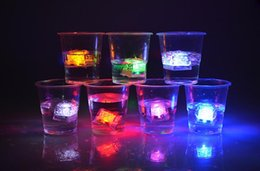 Wholesale Multi Flashing Ice Cubes Lights - LED Ice Cube Multi Color Changing Flash Romantic Lights Crystal Cubes for Party Wedding Event Bars Chirstmas Halloween Party Decorations