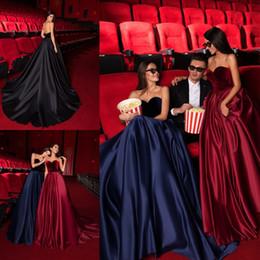 veludo de veludo vermelho Desconto Vestidos de Noite de Luxo preto A Linha De Veludo De Cetim Querida Sweep Trem Backless Drapeado Formal Celebridade Vestidos de Tapete Vermelho