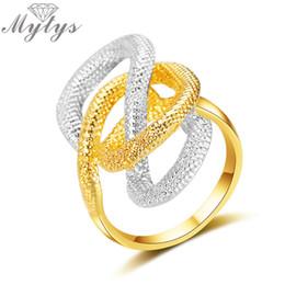 anillos de oro de diseño mixto Rebajas Mytys Silver and Gold Mix Color Two Tone Snake Design Anillo irregular para mujer Moda Regalo de joyería de moda R1988