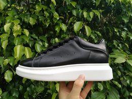scarpe da ginnastica in pelle di cuneo Sconti Nuovo Designer Zeppe Piattaforma  Piattaforma Scarpe Da Donna c7c6d0d7395