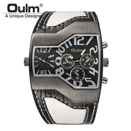 smallest watch Promo Codes - Oulm 1220 Watches Men Sport Casual PU Leather Wristwatch Convex Face Wide Strap Decorative Small Dials Luxury Male Quartz Watch
