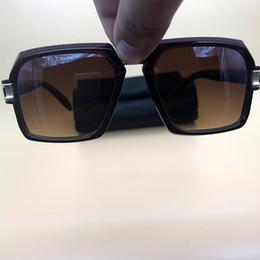956df6835b Barato Gafas de sol de plástico Marrón Gafas Marco cuadrado Para mujer  Gafas de sol Diseñador de la marca gafas Gafas de sol 4030