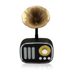 2019 tarjetas de regalo de música One Piece Retro Altavoces Inalámbricos Mini 2019 Nuevo Clásico Subwoofer Estéreo Bluetooth Altavoz Reproductor de Música Soporte Tarjeta TF Radio para regalos