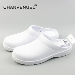 clogs shoe Coupons - 2017 Women Classic Anti Bacteria Surgical Shoes Medical Shoes Safety Surgical Clogs Cleanroom Chef Work For Women Unisex