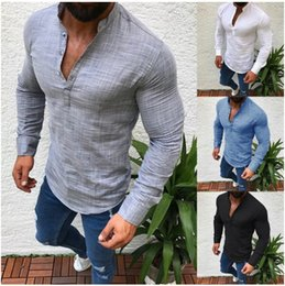 2019 stilvolle große t-shirts Neue Männer Henley Shirt Leinen Casual T-Shirt Streewear Big Size Mann T Tops Langarm Stilvolle Slim Fit T-Shirt Button Männer Herbst Slim Fit Kleidung
