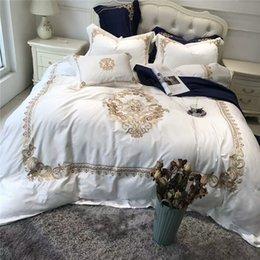 Wholesale Oriental Cover - 5Pcs Luxury White Blue Egyptian cotton Queen King Bedding sets Oriental Golden Embroidery Duvet Cover Bed sheets set Pillowcase