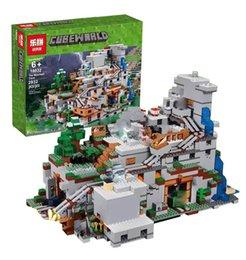 Wholesale Mountain Building - LEPIN 18032 Model Building Kit Blocks Bricks Miniecraft 2932pcs The Mountain Cave My worlds Compatible with legoingly 21137