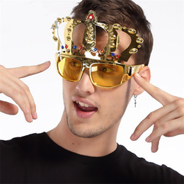 2019 trajes de joya Vidrios divertidos corona con joya fiesta traje gafas gafas de galvanoplastia para la fiesta de cumpleaños favorece la decoración del regalo nuevo llega 9sfb Z trajes de joya baratos