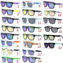 Wholesale coat 22 - 22 Colors KEN BLOCK HELM Colorful Reflective Coating Sunglasses Cycling Sports Dazzling Sunglasses For Women Mens Wears SGT001