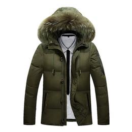 Abrigo de esquí largo online-2018 Winter Jacket Male Coat Warm Duck Down Zipper chaqueta de esquí Outwear Medio Long Parka con capucha de piel gruesa 4 colores Chaquetas