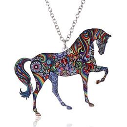 9f6755cc1bf0 Joyería hecha a mano de colores de doble cara de acrílico flor de impresión  animal caballo collar colgante para las mujeres suéter cadena regalo de la  ...