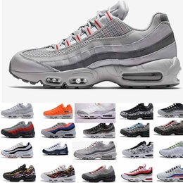 Canada Europe nouveau produit 2018 hommes casual Runner Shoe 95 noir or rouge blanc designer 95s chaussures sport Maxes Zapatos Taille 5.5-12 supplier europe sports shoes Offre