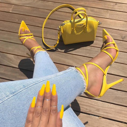 2019 chaussures talons hauts club party Sexy Open Toe Cheville Croix Strap Thin High Talons Sandales Night Club Party Dress Chaussures Femme Stiletto Talons Hauts T-Show Pompes promotion chaussures talons hauts club party