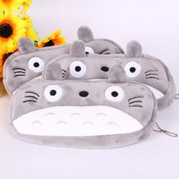 Bolsa de niños totoro online-Los niños de dibujos animados Super Kawaii Totoro juguetes de peluche regalo de los niños 20 CM de peluche de juguete llavero colgante billetera bolsa caja de lápiz TO615