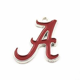20 шт. / лот NCAA Алабама спортивная команда логотип плавающей мотаться подвески кулон ожерелье цепь браслет серьги Diy ювелирных изделий от Поставщики универсальный стенд