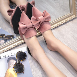Wholesale ladies home slippers - Velvet Basic Slippers Pointed Toe Butterfly Knot Flat Heel Young Lady Outside Indoor Home Slippers Spring Summer Flats Sandals