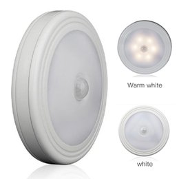 Wholesale Led Motion Sensor Light Infrared - Magnetic Infrared IR Bright Motion Sensor Activated LED Wall Night Light Auto On Off Battery Operated Hallway Pathway DDA313