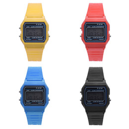 Mejores relojes digitales impermeable online-Best seller envío gratis Hombres Chica LED Digital Ronda Rubber Quartz Sport Sport impermeable reloj de pulsera reloj regalo del niño