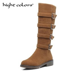6d6d0ab1ce4dd7 2019 braune wildleder stiefel schnallen Frauen Herbst Winter Schuhe Mode  Runde Kappe Wilde Schnalle Hohe Bein