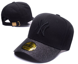 Wholesale 3d embroidery hats - 2018 New NY Baseball Caps Hiphop Men Women Adjustable Hats 3D embroidery New York Yankees Snapback Cap Headware