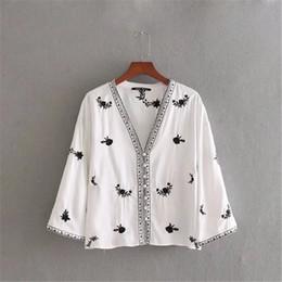 cd539b713a bohemio bordado kimono blusa mujeres envuelven la camisa de las mujeres  tops primavera 2018 étnico cardigan boho top blusas chemise femme