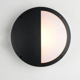 Argentina Luces de techo modernas para la lámpara del baño Jardín exterior IP65 a prueba de agua Luces de porche Luz redonda de 280 mm Con 2 bombillas LED 110V 220V cheap ip65 bathroom ceiling lights Suministro